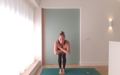 Online Yoga Light Flow